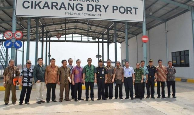 Government Visit to Cikarang Dry Port