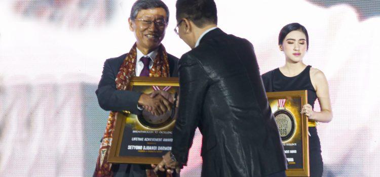 SD Darmono & Kota Jababeka Raih Penghargaan di Golden Property Award 2019