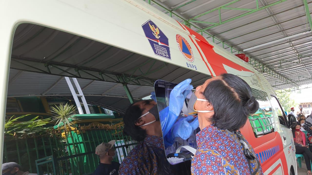 Jababeka Together With Bekasi Covid 19 Task Force Team Bnpb Bin Conducted A Bulk Swab Test In Bekasi District Jababeka